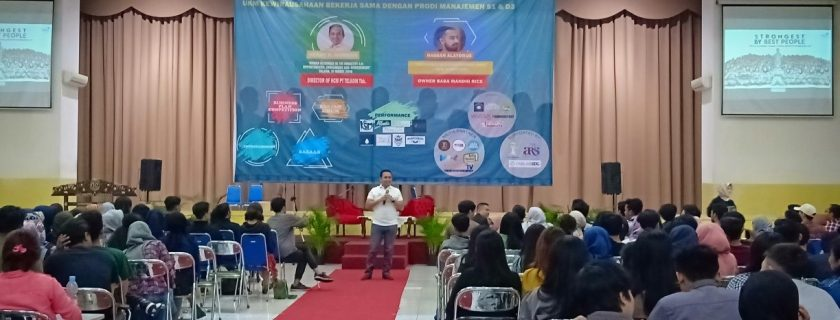 Herdy R. Harman Mengalirkan Antusiasme Mahasiswa Dalam Kuliah Umum Human Resource In The Industry 4.0