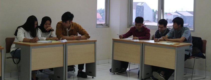 Lomba Ilmiah Diploma Management Smart Competition Program Studi Manajemen D3