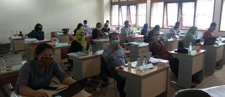 Program Studi Manajemen D3 mengirimkan 2 dosen mengikuti pelatihan asesor kompetensi